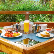 Dana Breakfast